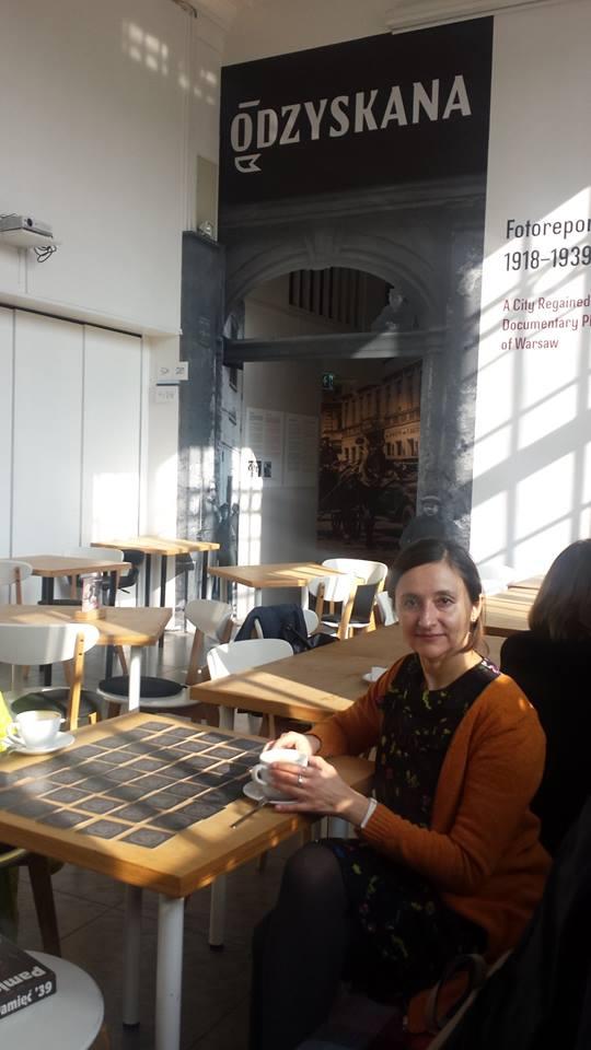 Step in Warsaw - Stadtführerin in Warschau. Ein bisschen Entspannung und ein bisschen Gehirntraining am Schmotzigen Donnerstag in dem Haus des Treffens mit Geschichte (Karowa Straße Nr 20). Warschau, 28.02.2019.