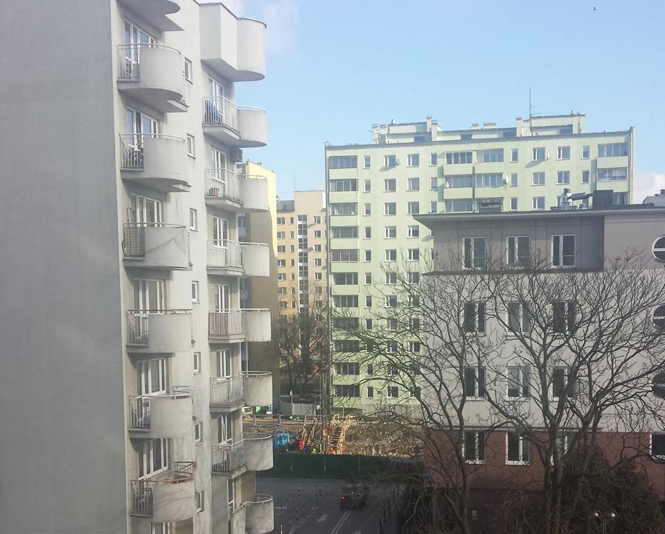 Step in Warsaw - Stadtführerin in Warschau. Die U-Bahn-Baustelle. Ein Blick aus meiner Wohnung. Warschau, Februar 2018.