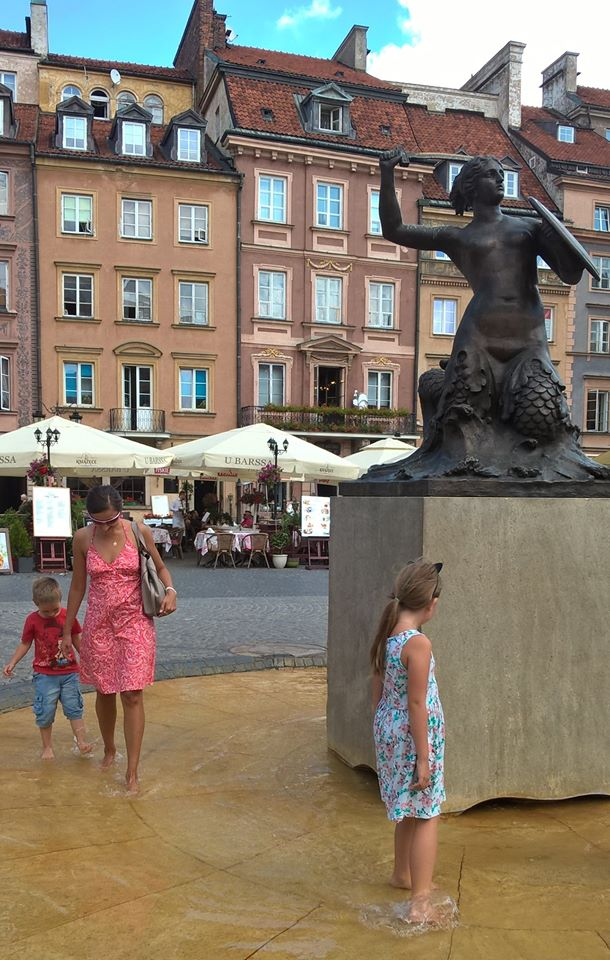 Step in Warsaw - City guide to Warsaw. Warsaw for Children. The legend of the Warsaw Mermaid. Warsaw, July 2018.