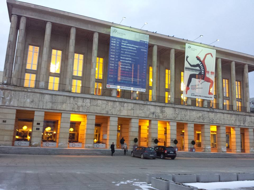 Step in Warsaw - Stadtführerin in Warschau. Das Große Theater in Łódź. Łódź, Februar 2018.