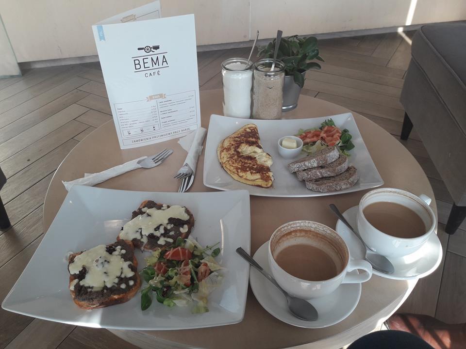 Step in Warsaw - Stadtführerin in Warschau. Nicht bei Tiffany…, aber im Bema Café:). Bema Café, Wrocław, Februar 2018.