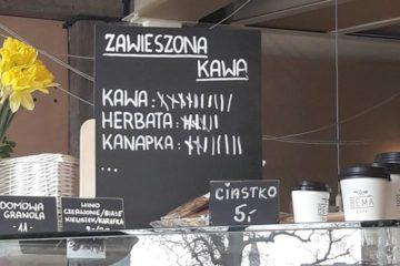 """Step in Warsaw - Przewodnik po Warszawie. Akcja """"zawieszona kawa / herbata / kanapka"""". Bema Café, Wrocław, luty 2018."""